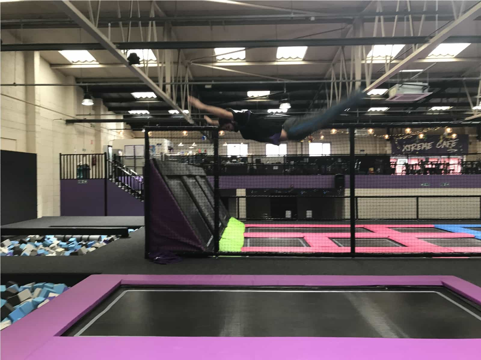 Trampoline room in house - Xtreme Jump